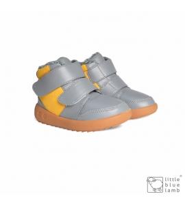 Riky Grey